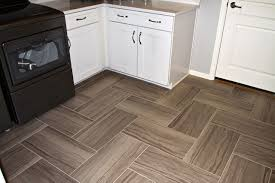 Laminate Floor Layout Pattern Decorations Pattern Floor Tiles Tile Layouts 12x24 Tile Layout