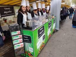 le marché des cours de cuisine cours de cuisine gratuit avec un chef sur le marché crimée curial le