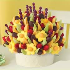 fruit arrangements nyc edible arrangements 22 photos 23 reviews gift shops 100 st