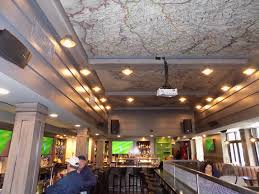 background reverberation attenuation in restaurant soundproofing