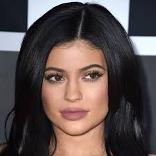 kylie jenner u0027s makeup artist ariel tejada shows you how to pencil