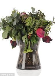 Bouquet Of Flowers In Vase How Long Will Your Valentine U0027s Roses Last We Put Eight Bouquets