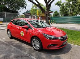 opel thailand do the new opel astra live up to it u0027s name as car of the year 2016