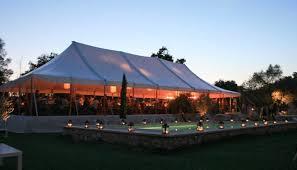 location chapiteau mariage barnum réception pour votre mariage ca vous tente