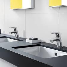 How To Choose A Modern Bathroom Faucet Design Necessities - Designer bathroom fixtures