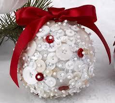 make a button ornament in less than 5 min diy ornaments