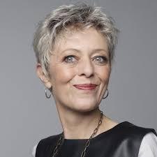 coupe pour cheveux gris perruque femme moderne cheveux courts gris jpg 1000 1000