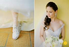 wedding shoes manila nelwin uy photography manila philippines wedding photographer