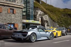 old porsche 918 porsche 918 spyders on grossglockner