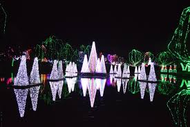 columbus zoo christmas lights see the incredible 2016 wildlights at the columbus zoo in ohio