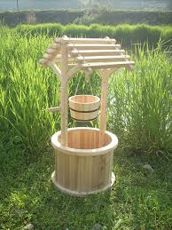garden wishing well planters planters gardens and pallets