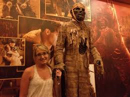 the thing assimilation halloween horror nights the hollywood talk of fame universal studios halloween horror