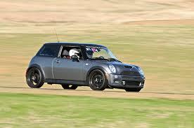 bmw car program gigaom bmw rolls toward zipcar s turf with hourly rentals