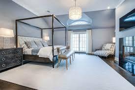gambrel style a gambrel style residence in bridgehampton u0027s barn u0026 vine lists for