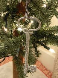 glitter key ornaments organize and decorate everything family