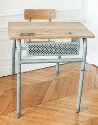 bureau ecolier en bois pupitre d écolier et sa chaise intégrée mes petites puces