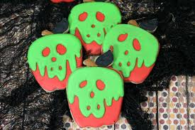 how to make snow white u0027s poison apple decorated sugar cookies