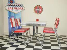 50 s diner table and chairs 88 best 50 s diner images on pinterest retro diner 50s diner and