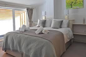 One Bedroom Holiday Cottage Holiday Cottage Sleeps 8