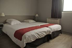 hotel chambre communicante chambres communicantes hôtel les jardins d olé