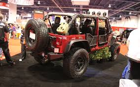 sema jeep yj jeep wrangler named hottest 4x4 suv at 2012 sema show truck