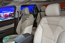 Ford Explorer 2015 Interior 2016 Ford Explorer Platinum Might As Well Call It The Eddie Bauer