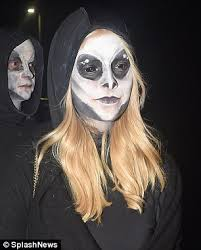 holly willoughby cuts a spooky spectre at jonathan ross u0027 halloween