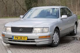 lexus luxe merk van klokje rond lexus ls 400 autoweek nl