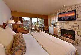 Fireplace Inn Monterey by Lodging In Monterey Ca Inns U0026 Accommodation