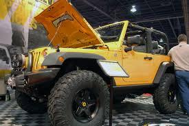 jeep wrangler v8 aev conversions unveils a hemi v8 jeep wrangler jk at sema 2011