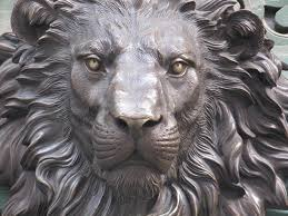 metal lion statue lion statue search lions lions