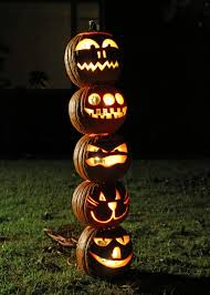 Outside Halloween Lights by How To Make A Pumpkin Totem Pole For Halloween How Tos Diy