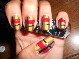 plaid nail art design tutorial how to paint plaid nail polish on