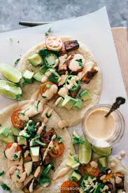 vegan sriracha mayo crispy hoisin tofu tacos with creamy sriracha sauce omnivore u0027s