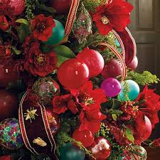 Christmas Decorations Sale Online Usa by Christmas Decorations Holiday Decorations Frontgate