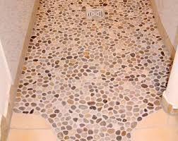 kieselsteine im bad fliesenverlegung mosaik und kieselsteine