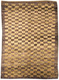 minimalist brown color rugs ideas for small livingroom decor