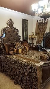 best 25 leopard bedroom ideas only on pinterest leopard bedroom cheetah bedroomcheetah printleopard printsanimal printsleopard print beddingleopard decorleopard animalroom decorcheetahs