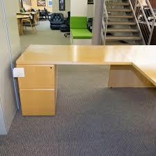 Knoll Reff Reception Desk Used Knoll Reff Left L Shaped Executive Desk Maple Del1539 004