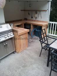 cuisine en palette bois cuisine faite avec palettes en bois planchesmeuble en palette