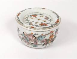 mandarin porcelain porcelain cricket box mandarin nineteenth servants