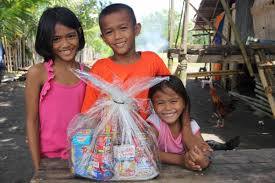 5 meaningful christmas gifts world vision philippines