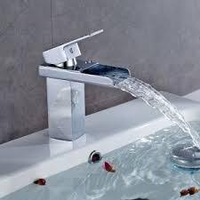 evier cuisine design robinet évier de cuisine design fonctionnel mon robinet
