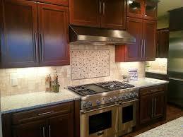 joint plinthe cuisine cuisine joint plinthe cuisine avec couleur joint plinthe