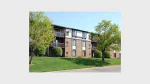 1 bedroom apartments kalamazoo seville apts mount royal townhomes for rent in kalamazoo mi