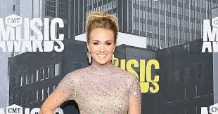 country singer with short hair biggest country music stars gallery wonderwall com