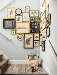 decorate stairway wall best 25 decorating staircase ideas on