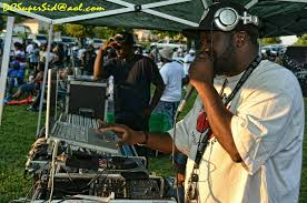midday show dj services