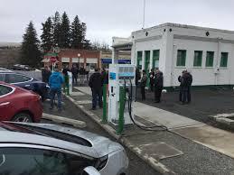 electric vehicles charging stations avista opens electric vehicle charging station in rural eastern