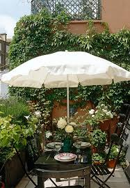 Small Urban Garden - photo by tim beddow the interior archive small urban garden